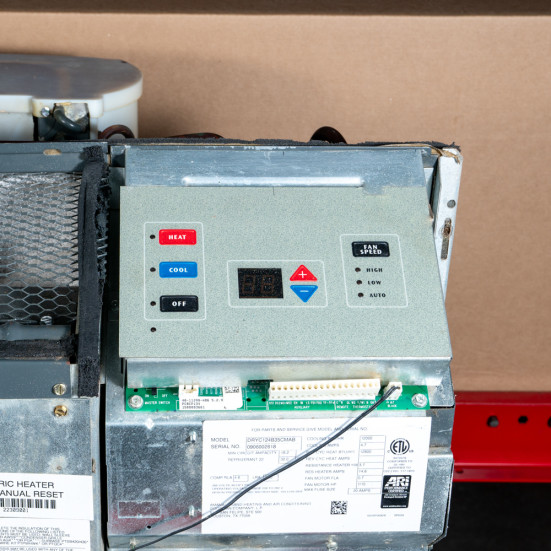 """Refurbished PTAC Unit - Amana - 12k - 42"""" - 265v - 20A - Air Conditioner with Resistive Electric Heat Product Image 3"""