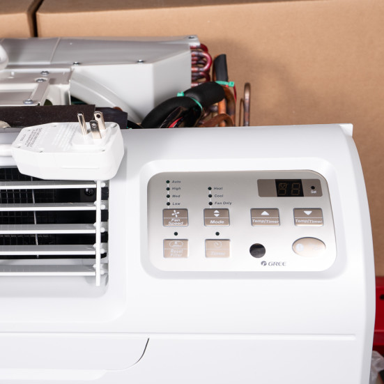 9,000 Btu Gree T2600 Through-the-Wall A/C with 1.5 kW Resistive Electric Heat - 115 V / 15 A Product Image 3
