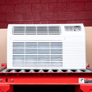 9,000 Btu Gree T2600 Through-the-Wall A/C with 1.5 kW Resistive Electric Heat - 115 V / 15 A
